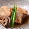 幻の高級魚ともいわれるクエを贅沢に使った『クエのあら炊き』