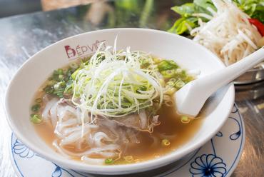 ベトナム料理の代名詞。こだわりスープの『牛肉のフォー』
