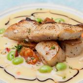 真鯛とホタテのポワレ 貝類のブールブランソース