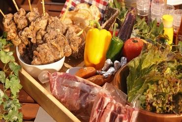 【BBQコース】飲放2H付 全8品クーポンご利用で6000円⇒5000円!