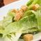 料理に使う野菜は、築地から直送で届く旬野菜