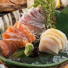 本日の鮮魚『お造里五種盛り合わせ』
