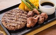 人気のコンビメニュー『淡路牛手ごねハンバーグ150gと牛サイコロステーキ』