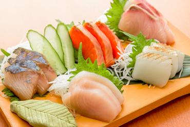 毎日料理長が厳選仕入れ! 沖縄県の旬な鮮魚を中心とした『本日のお刺身五点盛り』