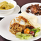 インドネシア西スマトラ州、パダンの料理を提供するレストラン