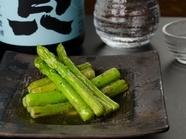 旬の野菜を囲炉裏でじっくり加熱した『野菜の焼き物』