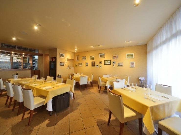 ブラカリイタリア料理店