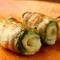 野菜もたくさんとれる『野菜豚巻き串のレタスチーズ』