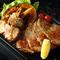柔らかくジューシー『純和鶏ステーキの溶岩焼き 塩麹』