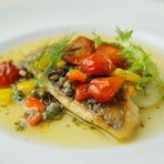 酸味と甘み、両方を一度に味わえる『真鯛のポワレ』