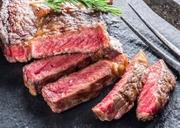 肉厚に切り出したアンガス牛 ステーキとの相性バツグンな一品!