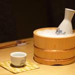 一人飲み・接待・宴会など、シーンを問わず気軽に利用可能。予算も5000円~10000円まで、希望に応じて店主が至極の料理とお酒を提供してくれるので、大切な人との特別な時間を過ごすのに最適な空間があります。