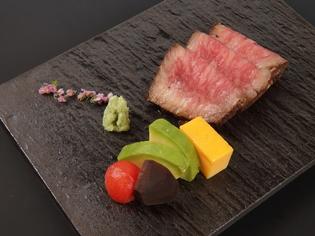 和食の料理人として挑戦した『黒毛和牛ローストビーフ』