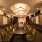 広い個室は、会議やミーティングなどビジネスシーンにも対応