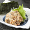 近海の青魚を味噌と薬味で豪快にたたきます! つまみの人気No.1『名物 なめろう』