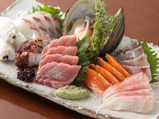 近海でとれる旬の魚介の美味しさをたっぷりお届け