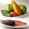 乾物は本場のものを。新鮮な食材は沖縄県産のものを使用