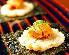 リーズナブルにお楽しみ頂ける ~自慢の鉄板焼きを含むお料理全8品のコース~