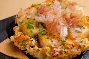 独特の食感がくせになる『豆腐のお好み焼』