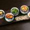 小鉢や〆の料理で季節感を演出