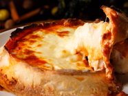 こだわり産地のとれたて野菜にとろ~り溶けた濃厚なチーズをたっぷりと『季節野菜と濃厚チーズフォンデュ』