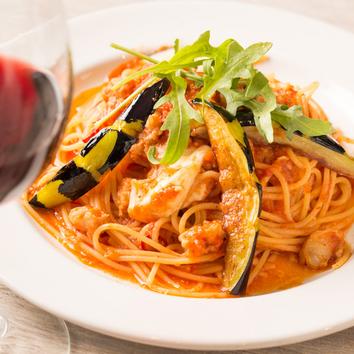 世界のワイン60種類無制限飲み放題が今なら特別価格 1,980円
