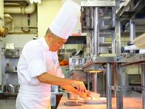 お客様の好みに柔軟に対応。愛情を込めた料理でおもてなし
