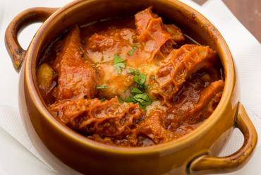 創業以来変わらない美味しさ!トリッパと白インゲン豆のトマト煮込み