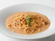 生ウニの鮮度と味に徹底的にこだわる『(限定)生ウニのトマトクリームソース バベッティーニ』