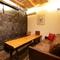 グッと色彩を抑え、主賓を引き立たせるための完全個室