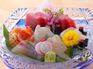 磨き上げた鋭い目利きで、旬の美味しさを厳選『築地直送鮮魚7点盛』