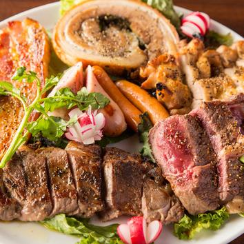 『熟成肉の肉盛りコース』10品 2.5時間飲放題付5500円→4500税込