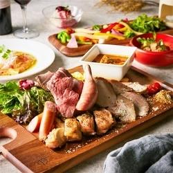 牛ハラミ・朝霧ヨーグル豚・いきいき鶏の豪華肉バルプレート付!平成最後!グラムイチオシのコース