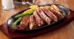 肉味のしっかりとしたロース肉、柔らかくジューシーなヘレ肉からお選びいただけます。