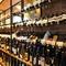 ソムリエが厳選した、400種類以上そろった世界中のワインは圧巻