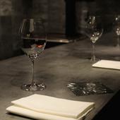普段のデートから記念日ディナーまで、特別感のある時間に憩える