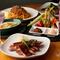 多種多様なドリンクとの絶妙なマリアージュを楽しめるバリエーション豊かな料理
