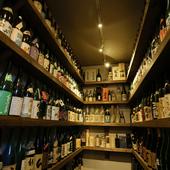 ずらっと陳列されているお酒は、全部ショットでOK