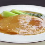 食感と味わいを愉しむ『ふかひれの姿煮(ヨシキリザメ 尾びれ)約60g』
