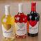 世界各国から集めたワインが豊富に取り揃えてある