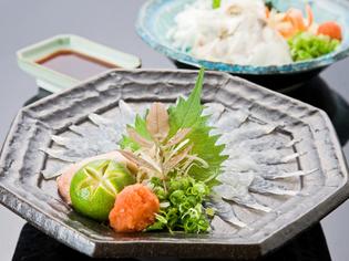 瀬戸内海でもまれた、活魚料理がおすすめ。ハギの薄造りは最高。