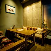 みなとみらい方面の夜景を楽しめる開放感抜群のテラス席も!
