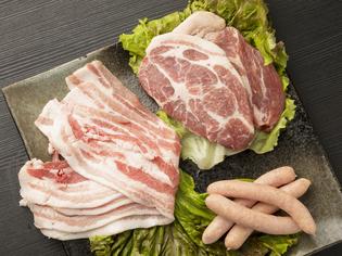 ビタミン類豊富で臭みのない、鹿児島の銘柄豚「茶美豚」
