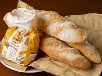 お店の隠れた名物。自家製パン