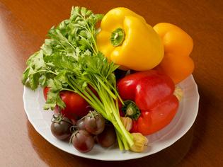 畑の香りが広がる広島県産の「有機野菜」