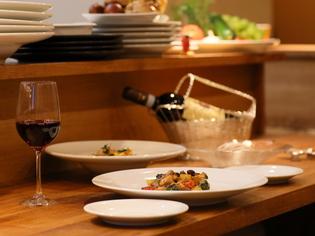 ナポリ湾の西部に浮かぶイスキア島の料理を彷彿とさせる兎料理