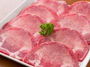 リーズナブルなお値段ながら、ボリュームのある人気メニュー。軽く焼くだけで食べられ、とても柔らかくてジューシーな肉汁が口いっぱいに広がります。 ※写真は2人前