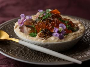 宗像鐘崎漁港産水揚げ天然真鯛とじゃがいものテリーヌ ※季節に応じて料理内容が変わります。