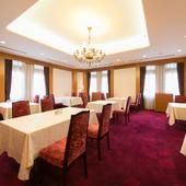 格式高い広々とした個室で楽しい会食を