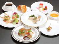 フランス語で『喜び』『楽しみ』『感動』を意味する「プレジール」を冠するディナー。 倉敷国際ホテルならではのディナーコース、是非どうぞ。